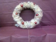 RED GLITTER WREATH 11''