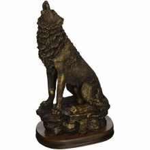 Bronzed howling Wolf