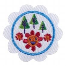 Daisy Outdoor Art Maker Badge