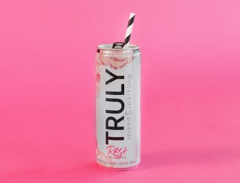 Truly Spiked Sparkling Rose 6pk 12oz Can