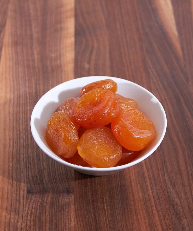 DeLaurenti Glazed Apricots, 6pc