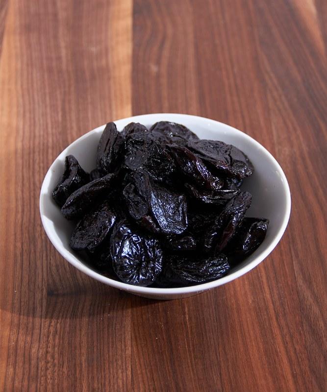 DeLaurenti Pitted Prunes, 6oz
