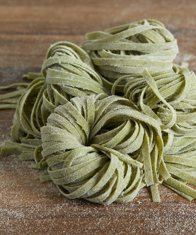 DeLaurenti Fresh Spinach Linguine