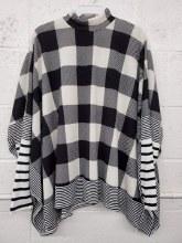 Long sleeve Black and White Poncho