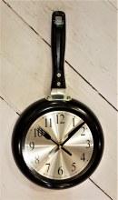 Black skillet frying pan clock