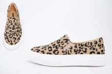 Platform slip on leopard sneakers
