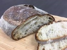 COUNTRY WHITE CRUSTY VIENNA 850G NAKED