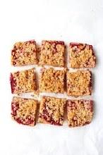Raspberry Crumble (12 Slices)