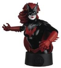 Dc Batman Universe Bust Coll #21 Batwoman (C: 0-1-2) 21 Batwoman (C: 0-1-2)
