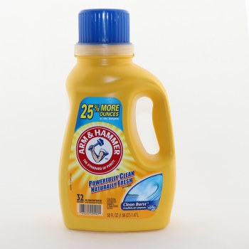 Arm & Hammer Powerfully Clean Naturally Fresh Detergent, 32 Loads 2x Concentrated vs Non-Concentrated Detergents 50 oz