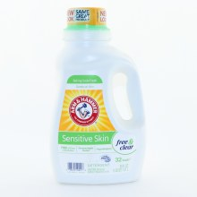 Arm & Hammer Sensitive Skin Laundry Detergent Hypoallergenic Dermatologist Tested FREE of Dyes & Perfumes Gentle on Skin Baking Soda Fresh Free & Clear Scent