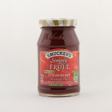 Smuckers simply strawberry  10 oz