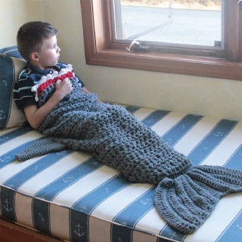 Knit Shark Tail Blanket