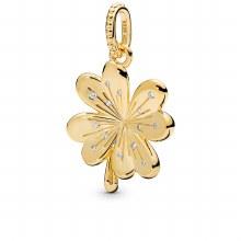 Clover pendant in Pandora Shin
