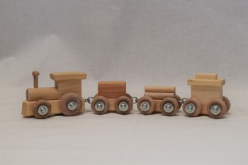Four Link Small Train