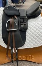 "Thorowgood Dressage 17.5"" Used"