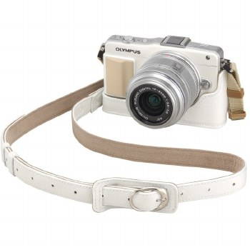 Olympus CSS-S109LL II Premium Leather PEN Strap