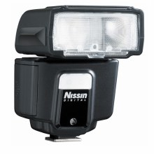 Nissin i40 Flashgun For Fujifilm
