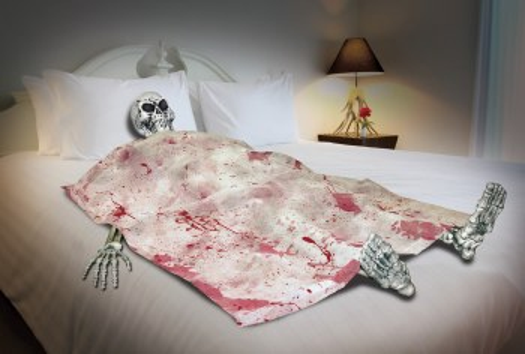 Bloody Death Bed w/ Skeleton