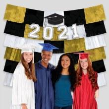 Grad 2021 Fringe Backdrop