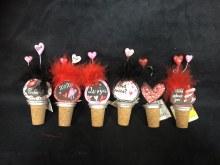 Valentines Bottle Topper Asst