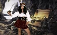 Rental Pirate Queen Costume