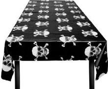 Skull and Crossbones Plastic Rectangular Tablecover