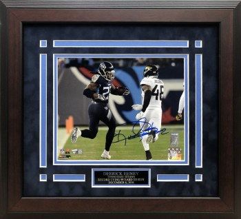 DERRICK HENRY AUTOGRAPHED HAND SIGNED AND CUSTOM FRAMED TITANS 8X10 PHOTO