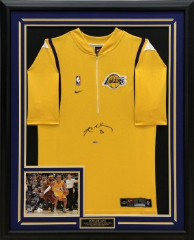 KOBE BRYANT AUTOGRAPHED HAND SIGNED YELLOW LA LAKERS SHOOTING SHIRT
