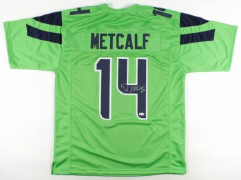 DK METCALF AUTOGRAPHED HAND SIGNED SEATTLE SEAHAWKS JERSEY