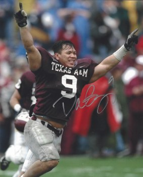 DAT NGUYEN AUTOGRAPHED HAND SIGNED TEXAS A&M 8X10 PHOTO