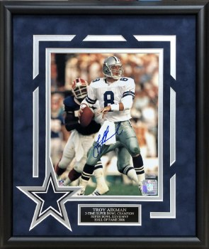 TROY AIKMAN AUTOGRAPHED HAND SIGNED CUSTOM FRAMED DALLAS COWBOYS 8X10 PHOTO