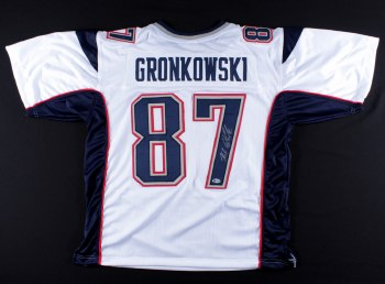 ROB GRONKOWSKI AUTOGRAPHED HAND SIGNED NEW ENGLAND PATRIOTS JERSEY
