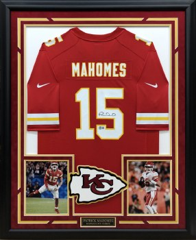 PATRICK MAHOMES AUTOGRAPHED HAND SIGNED AND CUSTOM FRAMED CHIEFS NIKE JERSEY