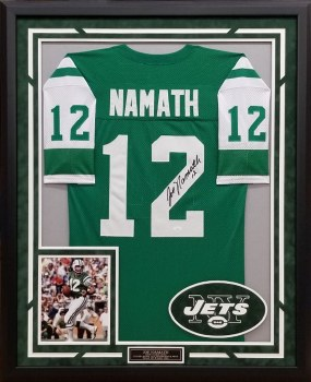JOE NAMATH AUTOGRAPHED HAND SIGNED AND CUTOM FRAMED JETS JERSEY