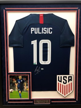 CHRISTIAN PULISIC - USMNT SIGNED AND CUSTOM FRAMED JERSEY