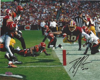 ROBERT GRIFFIN III AUTOGRAPHED HAND SIGNED WASHINGTON REDSKINS 8X10 PHOTO
