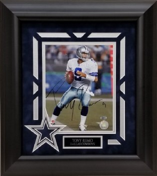 TONY ROMO AUTOGRAPHED CUSTOM FRAMED DALLAS COWBOYS 8X10 PHOTO