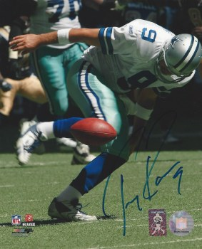 TONY ROMO AUTOGRAPHED HAND SIGNED DALLAS COWBOYS 8X10 PHOTO