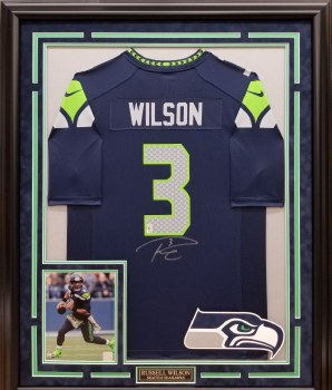 RUSSELL WILSON AUTOGRAPHED HAND SIGNED CUSTOM FRAMED SEATTLE SEAHAWKS NIKE JERSEY