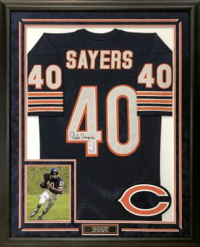 GALE SAYERS AUTOGRAPHED HAND SIGNED & CUSTOM FRAMED JERSEY