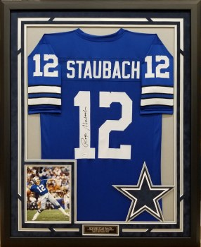 ROGER STAUBACH AUTOGRAPHED HAND SIGNED CUSTOM FRAMED DALLAS COWBOYS JERSEY