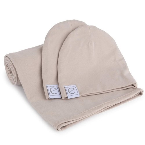 BLANKET AND BEANIES GIFT SET