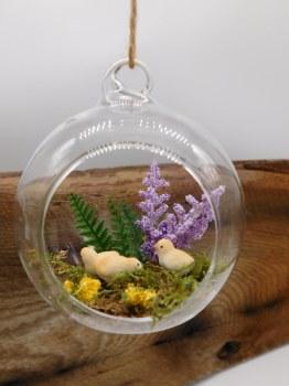 Ornament 3 Spring Chics