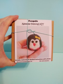 Needlefelt a Penguin Kit