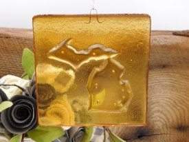 Mi Ornament Glass Amber