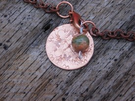 Mandala Bracelet with Copper Chain Green/Peach Bead