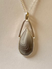 "Botswana Agate pendant on 18"" chain"
