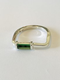 Green Tourmaline Sterling Silver Ring Sz8