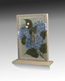 Earring Holder Classic Base - Hummingbird